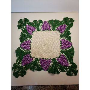 Vintage crochet doily 17 in. Grapes